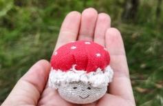 Шьем весёлые грибочки мухоморчики