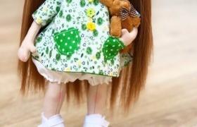 Текстильная кукла: крепления и одежда