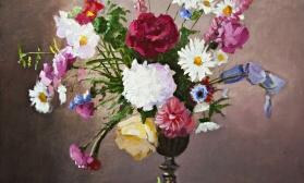 Цветочный натюрморт на темном фоне