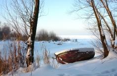 Зимний пейзаж с лодкой маслом