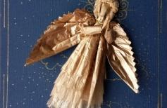 Рождественский Ангел. Сувенирная кукла из золочёной бумаги