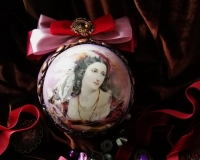 Интерьерный новогодний шар «Лики красавиц викторианской эпохи»