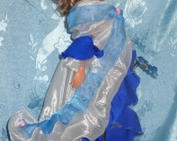 Кукла в образе танцовщицы