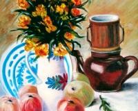 Ваза с цветами, кофейник и фрукты