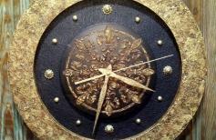 Часы «Симфония времён»