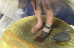 Как сделать обувь для куклы на подставке