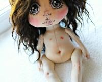 Авторский курс Александры Аглиулиной. Урок 3. Крепление волос и сборка куклы